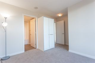 "Photo 13: 401 13303 CENTRAL Avenue in Surrey: Whalley Condo for sale in ""THE WAVE"" (North Surrey)  : MLS®# R2362951"