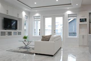 Photo 6: 5874 BATTISON Street in Vancouver: Killarney VE House for sale (Vancouver East)  : MLS®# R2370565