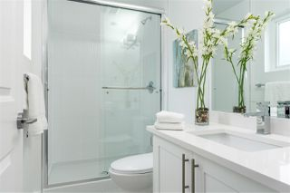 Photo 3: 205 1313 HACHEY Avenue in Coquitlam: Maillardville Townhouse for sale : MLS®# R2374251