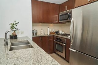 "Photo 4: 704 2978 GLEN Drive in Coquitlam: North Coquitlam Condo for sale in ""Grand Central One"" : MLS®# R2379022"