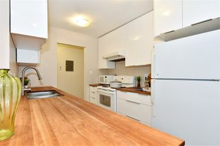"Photo 9: 106 3451 SPRINGFIELD Drive in Richmond: Steveston North Condo for sale in ""ADMIRAL COURT"" : MLS®# R2383223"
