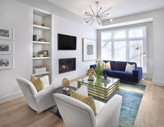 Photo 2: 9416 148 Street in Edmonton: Zone 10 House for sale : MLS®# E4163702