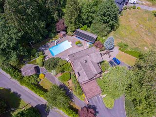 Photo 5: 6905 205 Street in Langley: Willoughby Heights House for sale : MLS®# R2385972