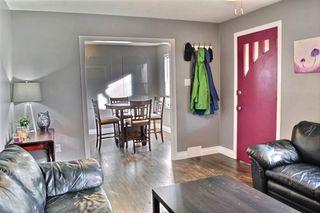 Photo 2: 11602 88 Street in Edmonton: Zone 05 House for sale : MLS®# E4164492