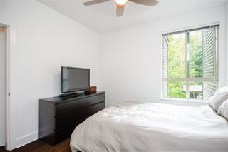 "Photo 15: 304 7418 BYRNEPARK Walk in Burnaby: South Slope Condo for sale in ""GREEN"" (Burnaby South)  : MLS®# R2401506"