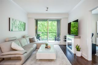 "Photo 10: 304 7418 BYRNEPARK Walk in Burnaby: South Slope Condo for sale in ""GREEN"" (Burnaby South)  : MLS®# R2401506"