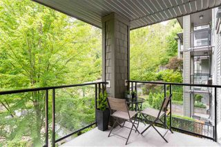 "Photo 12: 304 7418 BYRNEPARK Walk in Burnaby: South Slope Condo for sale in ""GREEN"" (Burnaby South)  : MLS®# R2401506"