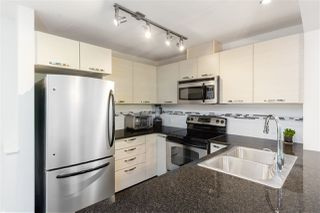 "Photo 5: 304 7418 BYRNEPARK Walk in Burnaby: South Slope Condo for sale in ""GREEN"" (Burnaby South)  : MLS®# R2401506"