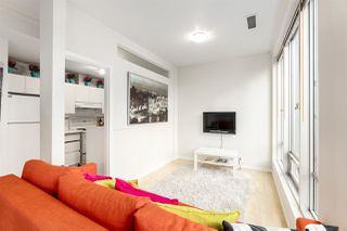 Photo 4: 306 989 NELSON Street in Vancouver: Downtown VW Condo for sale (Vancouver West)  : MLS®# R2406226