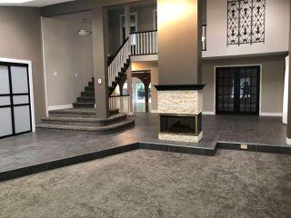 Photo 2:  in Edmonton: Zone 14 House for sale : MLS®# E4174532