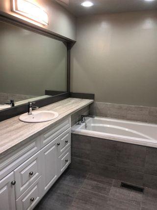 Photo 14:  in Edmonton: Zone 14 House for sale : MLS®# E4174532
