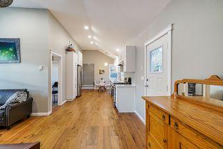 Photo 4: 20541 114 Avenue in Maple Ridge: Southwest Maple Ridge House for sale : MLS®# R2435471