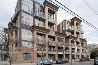 "Main Photo: 316 1529 W 6TH Avenue in Vancouver: False Creek Condo for sale in ""WSIX - GRANVILLE LOFTS"" (Vancouver West)  : MLS®# R2439386"