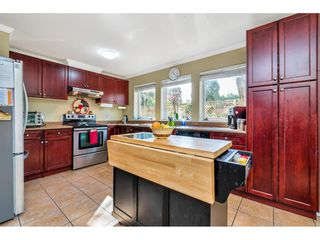 "Photo 6: 110 9650 148 Street in Surrey: Guildford Condo for sale in ""Hartford Woods"" (North Surrey)  : MLS®# R2447474"