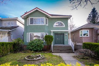 Photo 1: 2950 W 15TH AVENUE in Vancouver: Kitsilano House for sale (Vancouver West)  : MLS®# R2440528