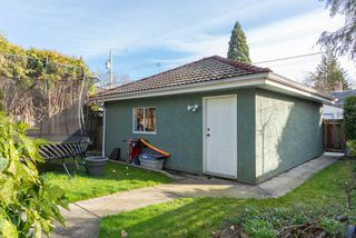 Photo 18: 2950 W 15TH AVENUE in Vancouver: Kitsilano House for sale (Vancouver West)  : MLS®# R2440528