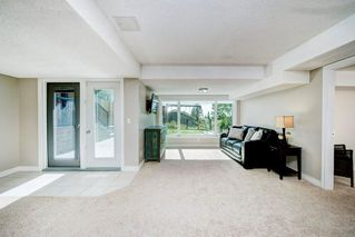 Photo 29: 176 STRATHCONA Road SW in Calgary: Strathcona Park Detached for sale : MLS®# C4301215