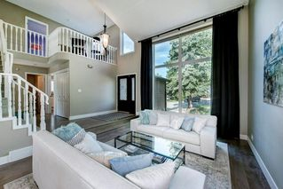 Photo 2: 176 STRATHCONA Road SW in Calgary: Strathcona Park Detached for sale : MLS®# C4301215