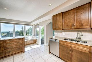 Photo 11: 176 STRATHCONA Road SW in Calgary: Strathcona Park Detached for sale : MLS®# C4301215
