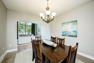 Photo 7: 176 STRATHCONA Road SW in Calgary: Strathcona Park Detached for sale : MLS®# C4301215