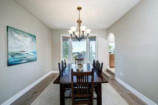 Photo 6: 176 STRATHCONA Road SW in Calgary: Strathcona Park Detached for sale : MLS®# C4301215
