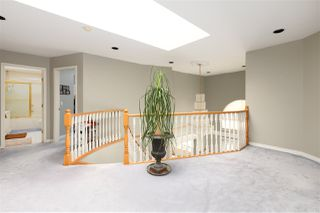 Photo 12: 14991 81B Avenue in Surrey: Bear Creek Green Timbers House for sale : MLS®# R2468154