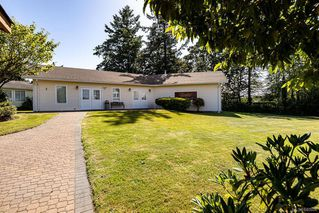 Photo 38: 14 Eagle Lane in View Royal: VR Glentana Manufactured Home for sale : MLS®# 840604