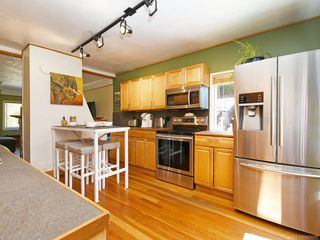 Photo 6: 3011 Cedar Hill Rd in : Vi Oaklands House for sale (Victoria)  : MLS®# 845609
