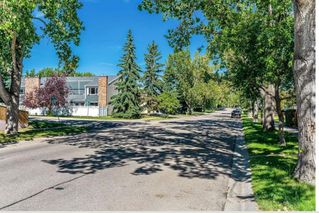 Main Photo: 28 228 THEODORE Place NW in Calgary: Thorncliffe Row/Townhouse for sale : MLS®# A1037208