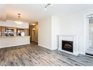 """Photo 4: 315 5650 201A Street in Langley: Langley City Condo for sale in """"PADDINGTON STATION"""" : MLS®# R2509283"""