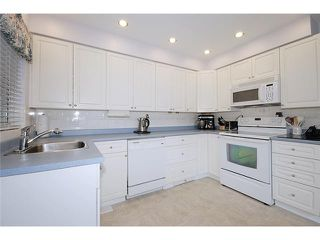 """Photo 3: 337 HOLMES Street in New Westminster: The Heights NW House for sale in """"THE HEIGHTS"""" : MLS®# V884702"""