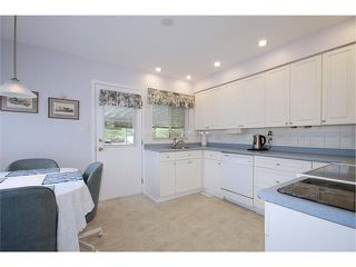 """Photo 4: 337 HOLMES Street in New Westminster: The Heights NW House for sale in """"THE HEIGHTS"""" : MLS®# V884702"""