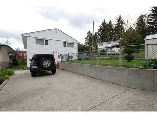 """Photo 10: 337 HOLMES Street in New Westminster: The Heights NW House for sale in """"THE HEIGHTS"""" : MLS®# V884702"""