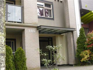 "Photo 1: 301 980 W 21ST Avenue in Vancouver: Cambie Condo for sale in ""Oak Lane"" (Vancouver West)  : MLS®# V887335"