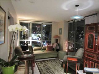 "Photo 2: # 1807 1188 HOWE ST in Vancouver: Downtown VW Condo for sale in ""1188 HOWE"" (Vancouver West)  : MLS®# V937383"