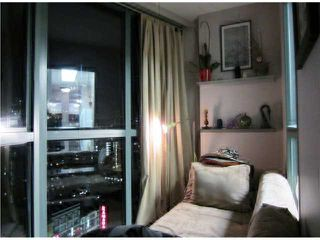 "Photo 6: # 1807 1188 HOWE ST in Vancouver: Downtown VW Condo for sale in ""1188 HOWE"" (Vancouver West)  : MLS®# V937383"