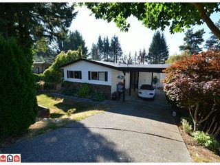 Photo 1: 32426 MCRAE Avenue in Mission: Mission BC House for sale : MLS®# F1223442