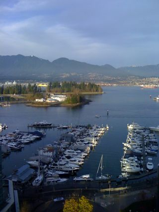"""Photo 1: 1703 588 BROUGHTON Street in Vancouver: Coal Harbour Condo for sale in """"HARBOURSIDE PARK"""" (Vancouver West)  : MLS®# V1035862"""
