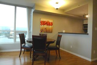"""Photo 9: 1703 588 BROUGHTON Street in Vancouver: Coal Harbour Condo for sale in """"HARBOURSIDE PARK"""" (Vancouver West)  : MLS®# V1035862"""