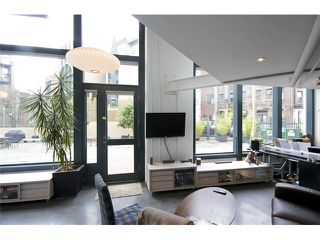 Main Photo: 53 E CORDOVA ST in : Downtown VE Townhouse for sale : MLS®# V990465