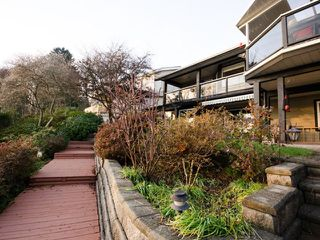Photo 3: 2825 DOLLARTON Highway in North Vancouver: Windsor Park NV House for sale : MLS®# V1042418