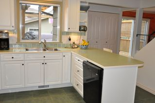 Photo 5: 479 55TH Ave in Vancouver East: South Vancouver Home for sale ()  : MLS®# V861979