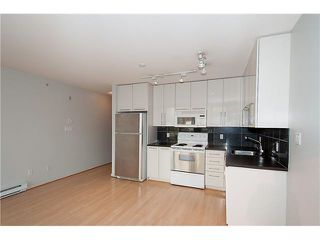 "Photo 16: 303 828 CARDERO Street in Vancouver: West End VW Condo for sale in ""FUSION"" (Vancouver West)  : MLS®# V1094892"