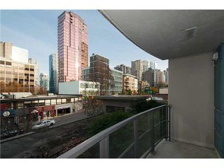 "Photo 11: 303 828 CARDERO Street in Vancouver: West End VW Condo for sale in ""FUSION"" (Vancouver West)  : MLS®# V1094892"