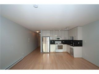 "Photo 14: 303 828 CARDERO Street in Vancouver: West End VW Condo for sale in ""FUSION"" (Vancouver West)  : MLS®# V1094892"