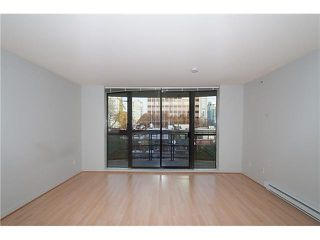 "Photo 7: 303 828 CARDERO Street in Vancouver: West End VW Condo for sale in ""FUSION"" (Vancouver West)  : MLS®# V1094892"