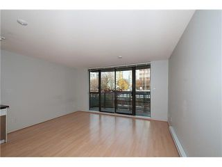 "Photo 5: 303 828 CARDERO Street in Vancouver: West End VW Condo for sale in ""FUSION"" (Vancouver West)  : MLS®# V1094892"