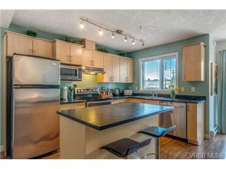 Photo 1: 302 885 Ellery Street in VICTORIA: Es Old Esquimalt Condo Apartment for sale (Esquimalt)  : MLS®# 347596
