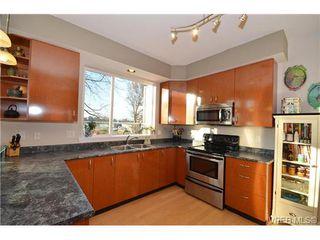 Photo 9: 16 60 Dallas Rd in VICTORIA: Vi James Bay Row/Townhouse for sale (Victoria)  : MLS®# 694479