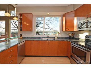 Photo 10: 16 60 Dallas Rd in VICTORIA: Vi James Bay Row/Townhouse for sale (Victoria)  : MLS®# 694479